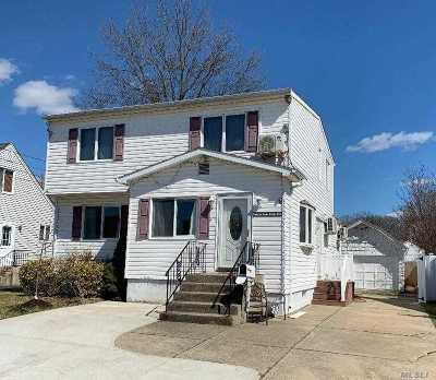 Wantagh Single Family Home For Sale: 2445 Woodland Ave