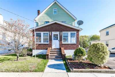 Lynbrook Single Family Home For Sale: 104 Davison Ave