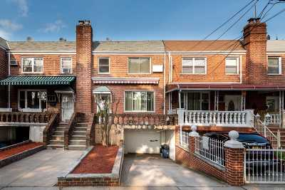 Single Family Home For Sale: 23-51 94th St