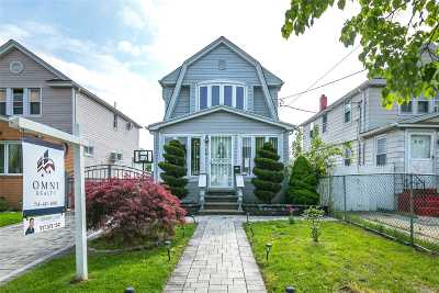 Queens Village Single Family Home For Sale: 9126 217th St