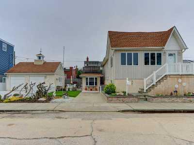 Long Beach NY Single Family Home For Sale: $624,999