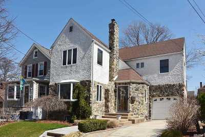 Floral Park Single Family Home For Sale: 75 Whitney Ave