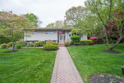 Northport Single Family Home For Sale: 62 Eatons Neck Rd