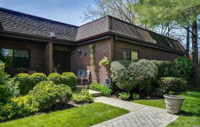 Roslyn Condo/Townhouse For Sale: 8 Chestnut Hill