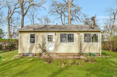 Greenport Single Family Home For Sale: 536 Conklin Rd