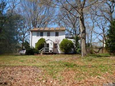 Islip Single Family Home For Sale: 228 Brookville Ave