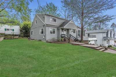 Port Washington Single Family Home For Sale: 8 Fifth Ave