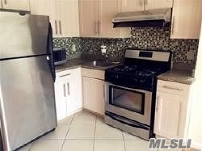Flushing Condo/Townhouse For Sale: 140-24 31st Dr #3A