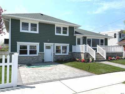 Long Beach Multi Family Home For Sale: 155 Lincoln Blvd