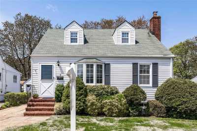 Single Family Home For Sale: 9 Harwich Rd