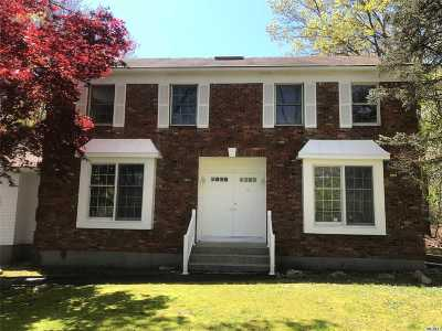 Farmingville Single Family Home For Sale: 296 S Bicycle Path