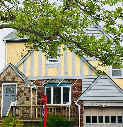 Long Beach NY Single Family Home For Sale: $629,000