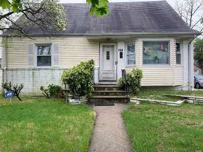 Valley Stream Single Family Home For Sale: 188 Dean St