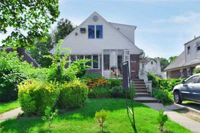 Fresh Meadows Multi Family Home For Sale: 7019 164th St