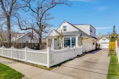 Woodmere Single Family Home For Sale: 806 Peninsula Blvd