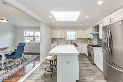 Massapequa Single Family Home For Sale: 305 Seaford Ave