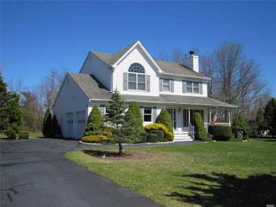 Jamesport Single Family Home For Sale: 6 Bay Run Ln