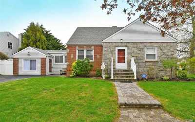 N. Bellmore Single Family Home For Sale: 2768 Beltagh Ave