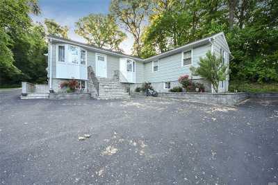 Glen Head Single Family Home For Sale: 594 Cedar Swamp Rd
