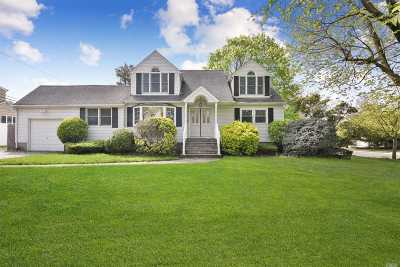 Farmingdale Single Family Home For Sale: 34 Hill Rd
