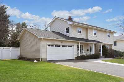 Jericho Single Family Home For Sale: 53 Saratoga Dr