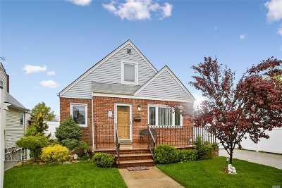 Whitestone Single Family Home For Sale: 166-59 21st Ave