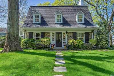 Port Washington Single Family Home For Sale: 1 Amherst Rd