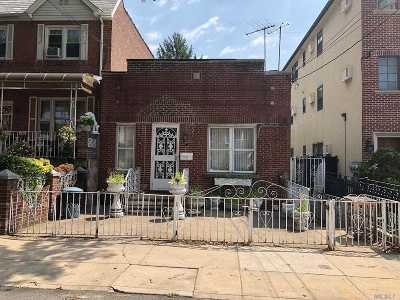 Astoria Single Family Home For Sale: 25-55 48 St