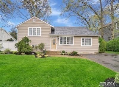 Massapequa Single Family Home For Sale: 109 Massachusetts Ave
