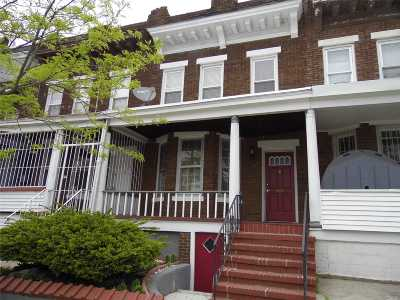 Woodhaven Single Family Home For Sale: 90-35 76th St