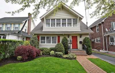 Bayside Single Family Home For Sale: 42-15 205 St