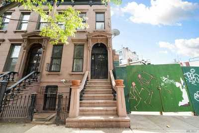 Brooklyn Multi Family Home For Sale: 180 Park Pl