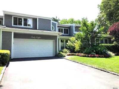 Manhasset Condo/Townhouse For Sale: 68 Bond Ct