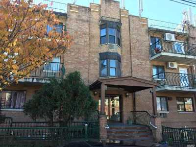 Flushing Condo/Townhouse For Sale: 130-14 60th Ave #2C