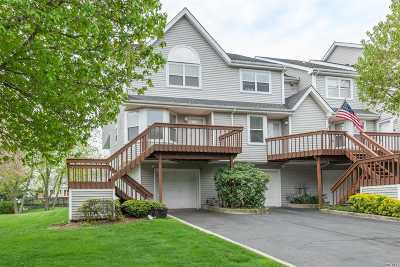 Port Jefferson Condo/Townhouse For Sale: 99 Leeward Ln