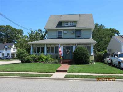 Rockville Centre Single Family Home For Sale: 55 Cedar Ave