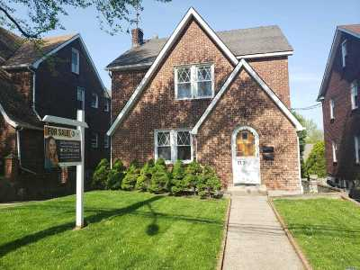 Fresh Meadows Multi Family Home For Sale: 57-26 162 St