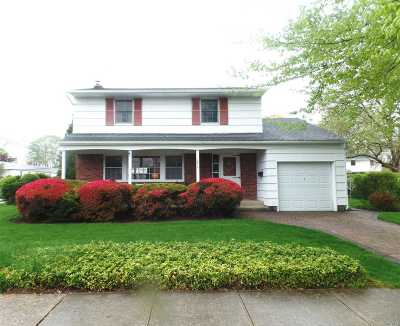 Seaford Single Family Home For Sale: 3913 Laurel Ct