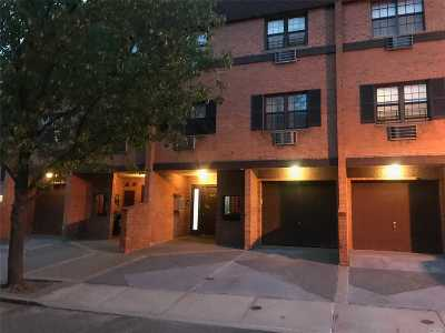 Bayside Condo/Townhouse For Sale: 219-67 67th Ave