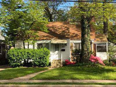 Nassau County Single Family Home For Sale: 191 Foster Ave