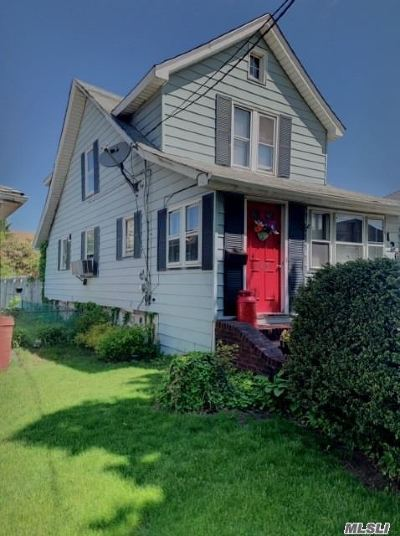 Mineola Single Family Home For Sale: 126 Jefferson Ave