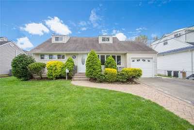 Seaford Single Family Home For Sale: 3516 Waverly Ave