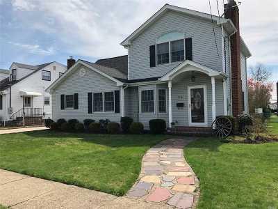 Mineola Single Family Home For Sale: 23 E Jefferson Ave