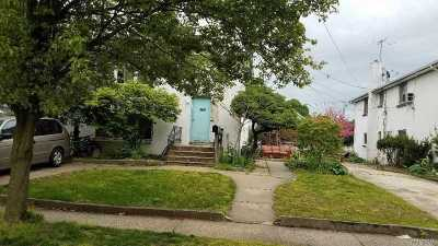 Westbury Single Family Home For Sale: 346 Sherman St
