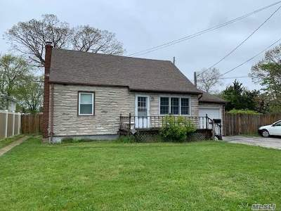 Copiague Single Family Home For Sale: 390 28th St