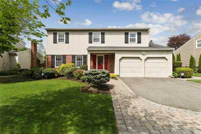 Syosset Single Family Home For Sale: 35 Marsulin Dr