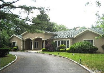Old Westbury Single Family Home For Sale: 20 Linden Ln