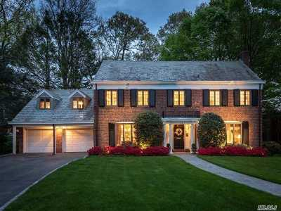 Manhasset NY Single Family Home For Sale: $2,599,000
