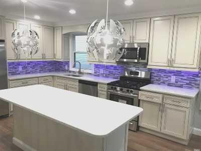Single Family Home For Sale: 1700 Bushwick Ave