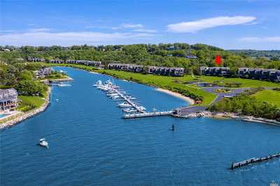 Northport Condo/Townhouse For Sale: 8 Harbour Point Dr